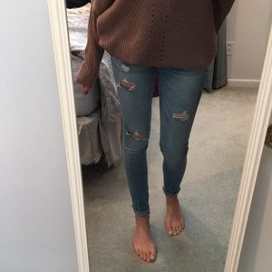 Hollister Jeans - Hollister light-wash ripped jeans
